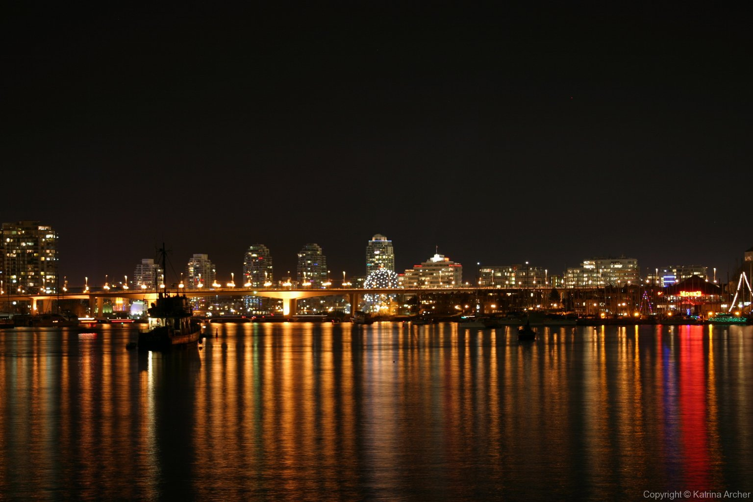 Sochi House (Science World) and Cambie Bridge